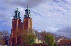 Torres de la iglesia de la catedral Imagen de archivo libre de regalías