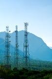 Torres de las telecomunicaciones Fotografía de archivo