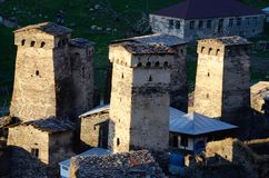 Torres de pedra da vila montanhosa de Ushguli, Geórgia Imagens de Stock