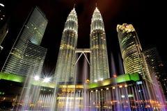 Torres de Petronas Fotos de archivo libres de regalías
