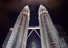 Torres de Petronas em Kuala Lumpur, Malaysia Fotos de Stock
