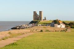 Torres de Reculver, Reculver, Kent, Reino Unido imagens de stock royalty free