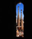 Torres de Sagrada Familia imagenes de archivo