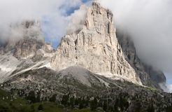 Torres de Sassolungo Foto de archivo libre de regalías