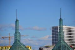 Torres del centro municipal en Portland, Oregon Imagen de archivo libre de regalías