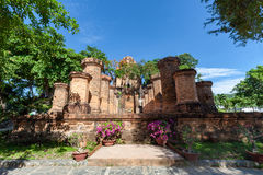 Torres del Cham de po Nagar Palacio famoso en Nhatrang, Vietnam Fotografía de archivo