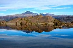Torres del Paine λίμνη National πάρκων Στοκ Εικόνες