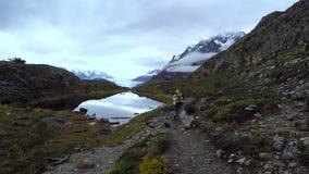 Torres del Paine περίπατος απόθεμα βίντεο