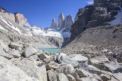 Torres del Paine berg och sjö. Royaltyfria Bilder