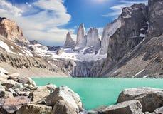 Torres del Paine berg, Patagonia, Chile Royaltyfria Bilder