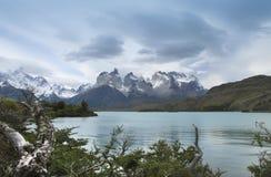 Torres del Paine pieken chili 3d zeer mooie driedimensionele illustratie, cijfer Stock Fotografie