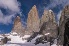 Torres Del Paine Górujący Fotografia Royalty Free