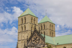 Torres del St Paulus Dom en Munster Fotos de archivo libres de regalías