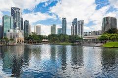 Torres do escritório em Kuala Lumpur Imagem de Stock