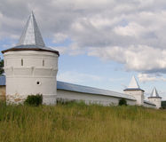 Torres do monastério ortodoxo russian Foto de Stock Royalty Free