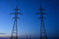 Torres elétricas da transmissão imagem de stock royalty free