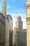 Torres en el río de Chicago fotos de archivo libres de regalías
