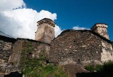 Torres en pueblo de montaña Fotos de archivo libres de regalías