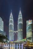 Torres gêmeas de Petronas em Kuala Lumpur, Malásia Foto de Stock Royalty Free
