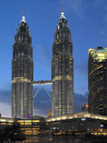 Torres gêmeas de Petronas - Kuala Lumpur - Malásia foto de stock royalty free