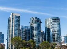 Torres modernas de la propiedad horizontal Fotografía de archivo libre de regalías