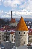 Torres na cidade velha de Tallinn, Estónia Fotografia de Stock