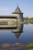 Torres viejas en Pskov Imagen de archivo