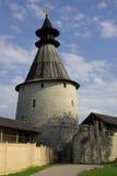 Torres viejas en Pskov fotos de archivo