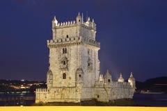 Torretta alla notte, Lisbona di Belem Fotografie Stock Libere da Diritti