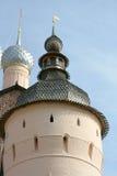 Torretta antica in Rostov kremlin Immagini Stock