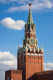 Torretta del Kremlin su un quadrato rosso Fotografia Stock