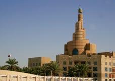 Torretta della moschea a Doha, Qatar. fotografie stock libere da diritti