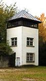 Torretta della vigilanza di Dachau immagine stock libera da diritti