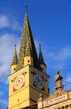Torretta di chiesa vecchia di media Fotografie Stock Libere da Diritti