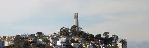 Torretta di Coit su panorama della collina del telegrafo Fotografie Stock