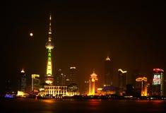 Torretta di notte TV di Schang-Hai Pudong Fotografia Stock Libera da Diritti