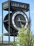 Torretta di orologio delle biblioteche Fotografia Stock