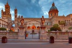 Torretta di orologio di Palermo Cathedral sicily immagini stock