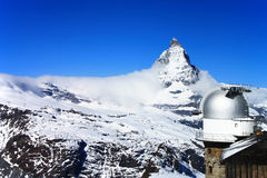Torretta di osservazione di Gornergrat e del Matterhorn fotografie stock