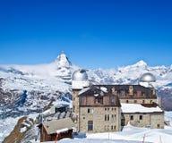 Torretta di osservazione di Gornergrat e Matterhorn fotografie stock libere da diritti