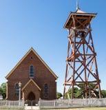 Torretta di segnalatore acustico e della chiesa Fotografia Stock Libera da Diritti