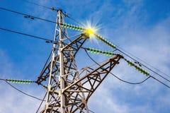 Torretta elettrica ad alta tensione Fotografie Stock