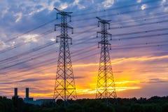 Torretta elettrica al tramonto Fotografia Stock Libera da Diritti