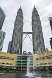 Torrette di Petronas a Kuala Lumpur, Malesia fotografia stock libera da diritti
