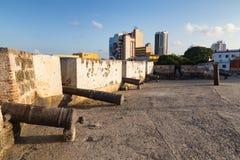 Torrette e parete coloniali Fotografia Stock