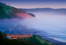 torrey захода солнца кренов сосенок тумана скал Стоковое Изображение