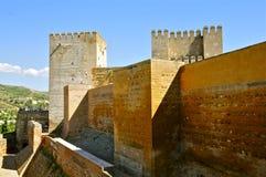 Torri della cittadella di Alcazaba, Alhambra fotografia stock