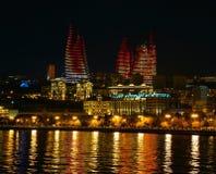 Torri della fiamma in Baku Azerbaijan immagini stock libere da diritti