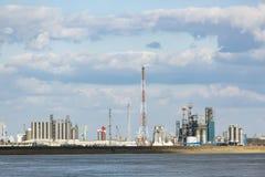 Torri della raffineria del porto di Anversa Immagine Stock Libera da Diritti