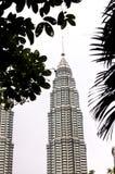Torri di gemelli di Petronas - Kuala Lumpur Fotografia Stock Libera da Diritti
